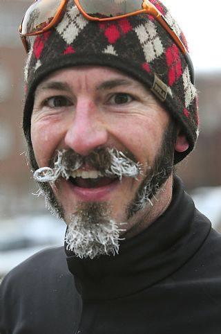 Peter Maksimow Frozen